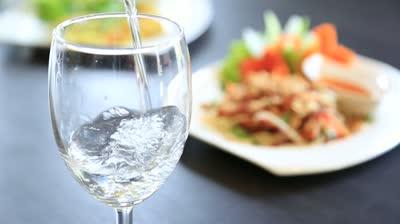 آب با غذا
