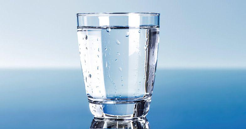 آب خوردن وسط غذا