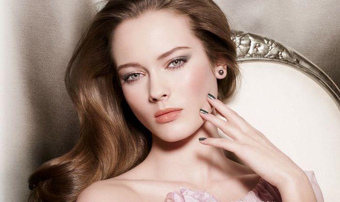 c68d720d5485be9b_chanel_spring2011_makeup